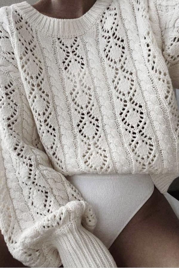 Sweter LOVE ME Vanillia 1